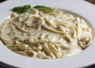 Home-Pastas-2-FettucciniCarbonara